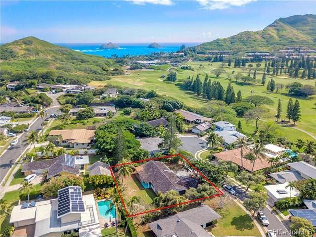 154 Pauahilani Way, Kailua, HI 96734 (MLS #201725100) :: The Ihara Team