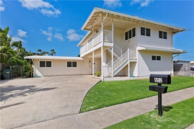 652 Pamaele Street, Kailua, HI 96734 (MLS #201725153) :: Elite Pacific Properties
