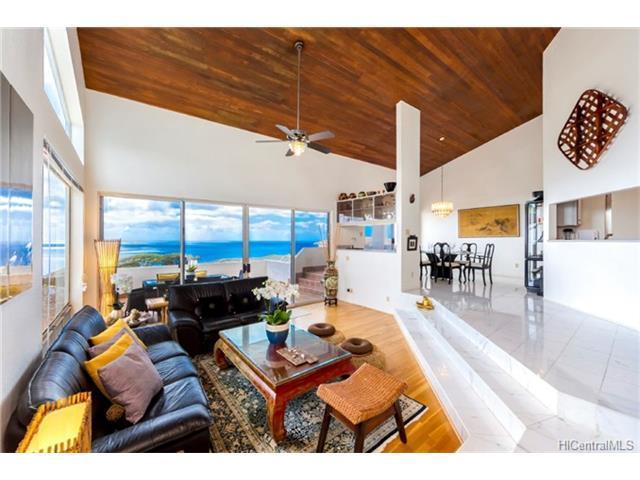 743 Moaniala Street, Honolulu, HI 96821 (MLS #201803630) :: Elite Pacific Properties