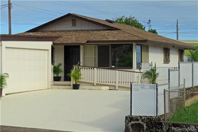 1545 Kuahaka Street, Pearl City, HI 96782 (MLS #201805197) :: Keller Williams Honolulu