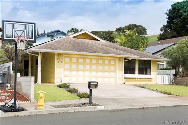 92-119 Ihi Place, Kapolei, HI 96707 (MLS #201809615) :: The Ihara Team