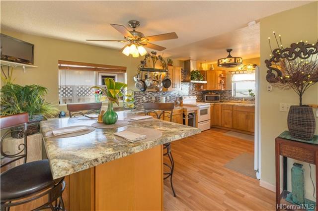 94-759 Kime Street, Waipahu, HI 96797 (MLS #201815612) :: Elite Pacific Properties