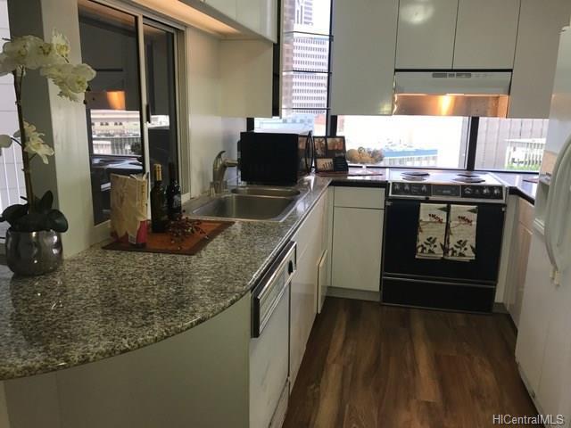 1212 Nuuanu Avenue #903, Honolulu, HI 96817 (MLS #201820160) :: Redmont Living