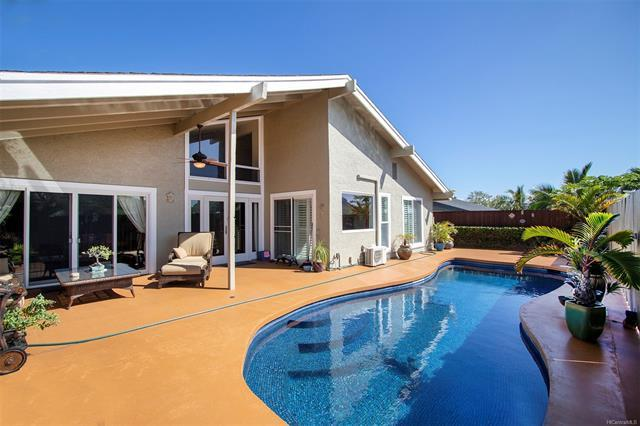 1186 Kaeleku Street, Honolulu, HI 96825 (MLS #201828234) :: Hawaii Real Estate Properties.com