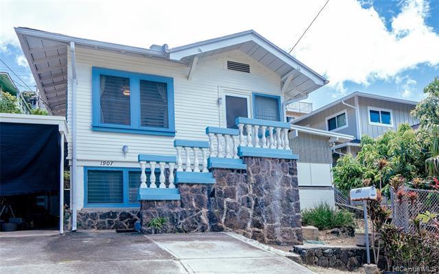 1907 Aupuni Street, Honolulu, HI 96817 (MLS #201907110) :: Keller Williams Honolulu