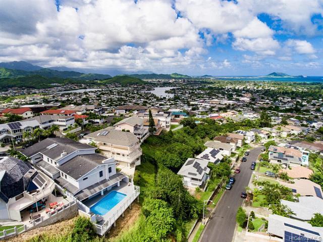 1273 Aupupu Place, Kailua, HI 96734 (MLS #201913350) :: Team Lally