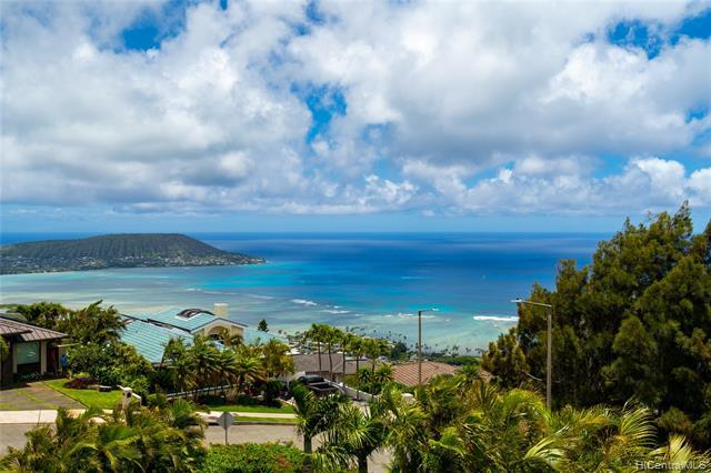 96 Moaniala Place, Honolulu, HI 96821 (MLS #201913393) :: Elite Pacific Properties