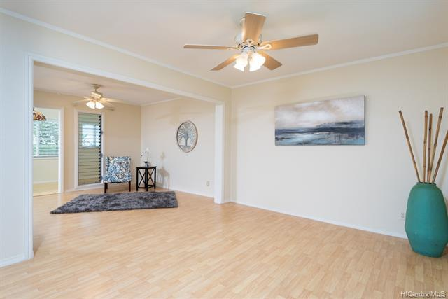 98-1418 Kaahumanu Street D, Pearl City, HI 96782 (MLS #201913475) :: RE/MAX PLATINUM