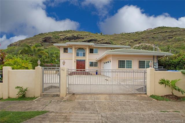 202 Hawaii Loa Street, Honolulu, HI 96821 (MLS #201913664) :: Hawaii Real Estate Properties.com