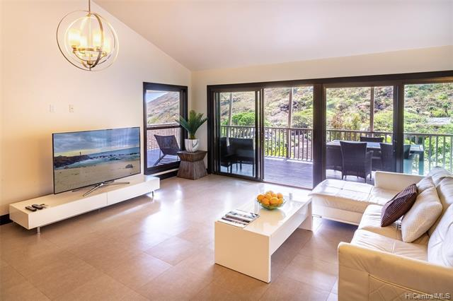 1594 Kalaniuka Circle #92, Honolulu, HI 96821 (MLS #201913933) :: Barnes Hawaii