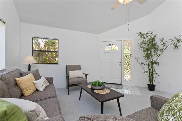 94-1055 Kamiki Street, Waipahu, HI 96797 (MLS #201914708) :: Hawaii Real Estate Properties.com