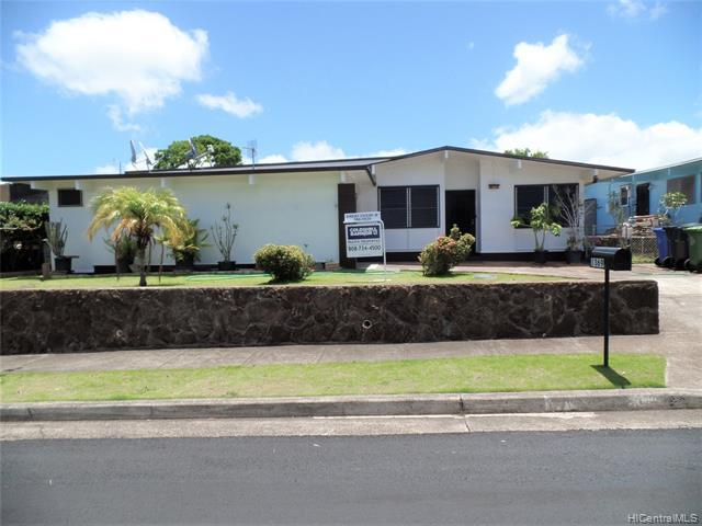1369 Hoona Street, Pearl City, HI 96782 (MLS #201918175) :: The Ihara Team