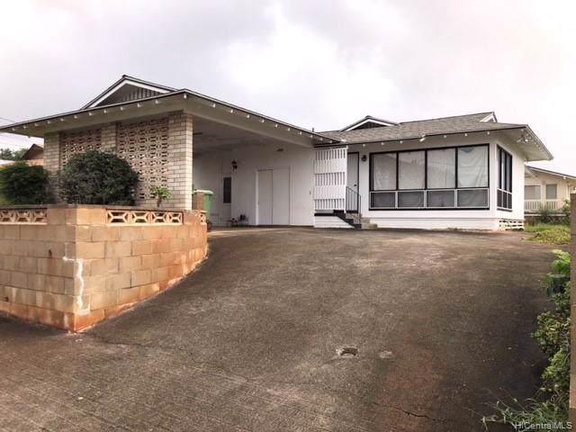 1429 Kaumoli Place, Pearl City, HI 96782 (MLS #202000781) :: Keller Williams Honolulu
