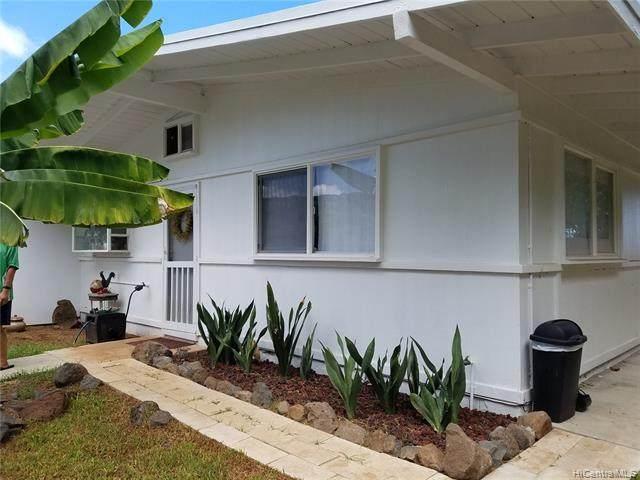 68-695 Farrington Highway, Waialua, HI 96791 (MLS #202001074) :: Team Lally
