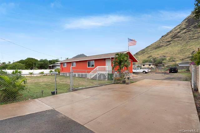 89-554 Farrington Highway, Waianae, HI 96792 (MLS #202002835) :: The Ihara Team