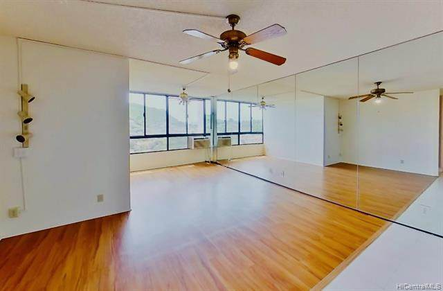 55 S Judd Street #1504, Honolulu, HI 96817 (MLS #202008017) :: Barnes Hawaii