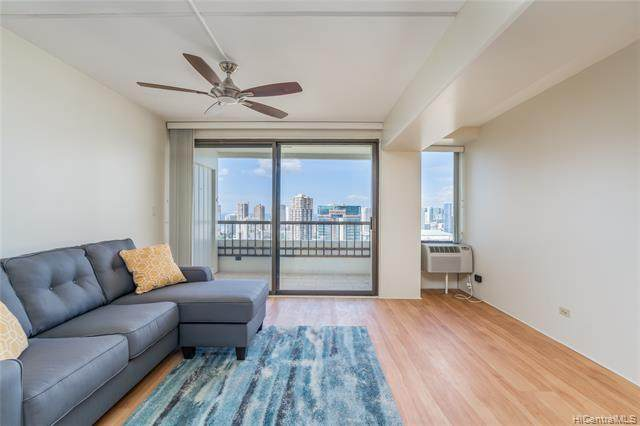 2333 Kapiolani Boulevard #3313, Honolulu, HI 96826 (MLS #202027103) :: The Ihara Team