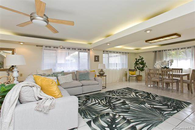 95-1047 Lalai Street, Mililani, HI 96789 (MLS #202027846) :: Team Lally