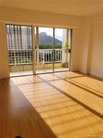 303 Liliuokalani Avenue - Photo 1