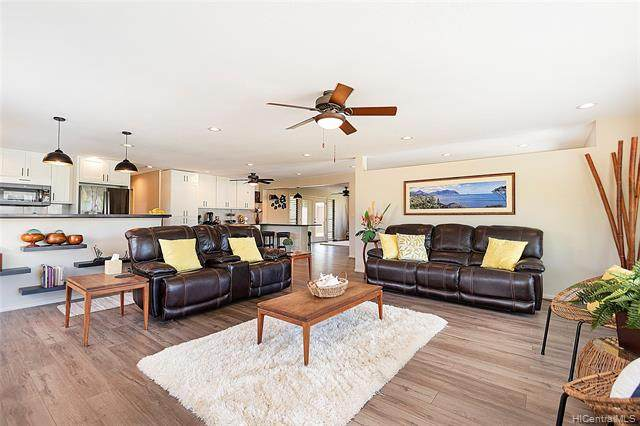 431 Auwina Place, Kailua, HI 96734 (MLS #202112919) :: Compass