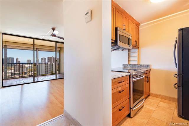 1561 Pensacola Street #2005, Honolulu, HI 96822 (MLS #202115693) :: LUVA Real Estate