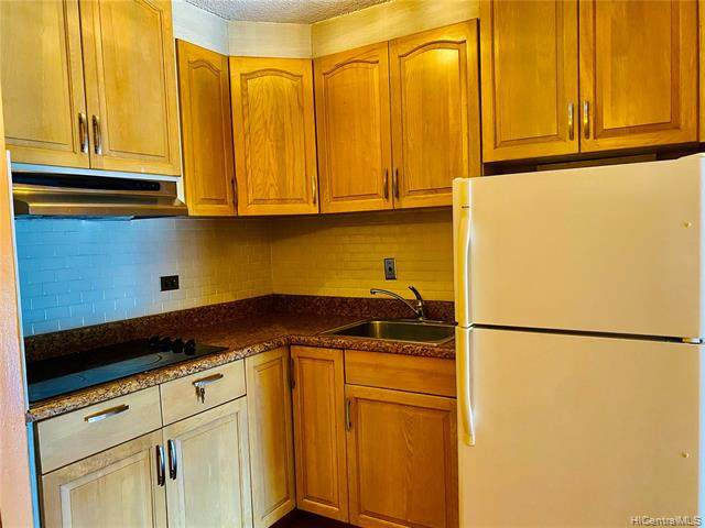 1125 Young Street #1010, Honolulu, HI 96814 (MLS #202118947) :: Island Life Homes