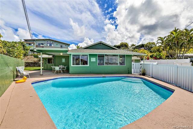 1490 Humuwili Place, Kailua, HI 96734 (MLS #202121600) :: LUVA Real Estate