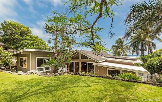 975 Aalapapa Drive, Kailua, HI 96734 (MLS #201805547) :: The Ihara Team