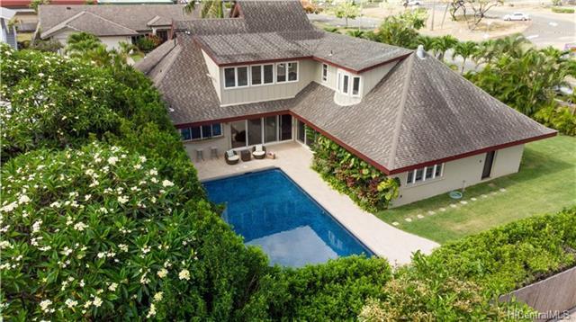 5204 Makalena Street, Honolulu, HI 96821 (MLS #201816128) :: Elite Pacific Properties