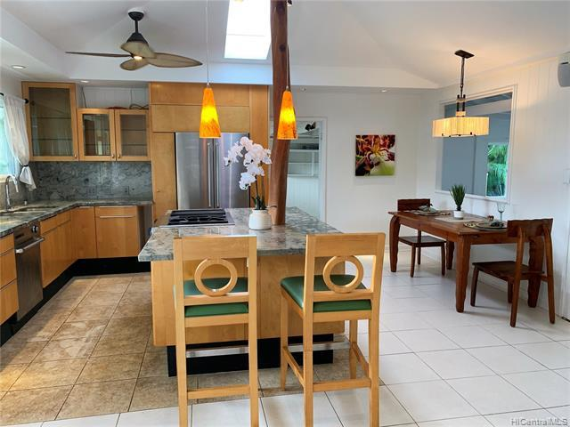 918 Oneawa Street, Kailua, HI 96734 (MLS #201900417) :: Hardy Homes Hawaii