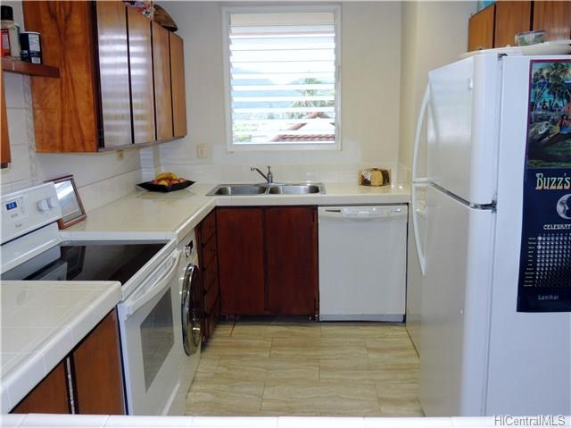 14 Aulike Street #407, Kailua, HI 96734 (MLS #201803618) :: Elite Pacific Properties