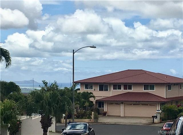 92-1363 Hunekai Street, Kapolei, HI 96707 (MLS #201804318) :: The Ihara Team