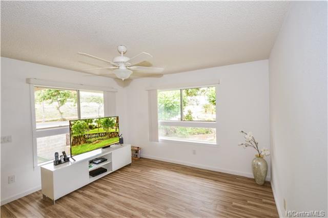 91-1073 Oaniani Street 8H, Kapolei, HI 96707 (MLS #201821166) :: Hawaii Real Estate Properties.com
