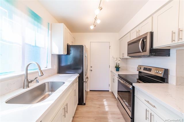 94-211 Kaiholena Place, Waipahu, HI 96797 (MLS #201829276) :: Hawaii Real Estate Properties.com