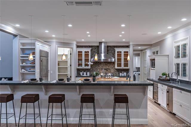 4358 Royal Place, Honolulu, HI 96816 (MLS #202018439) :: Corcoran Pacific Properties