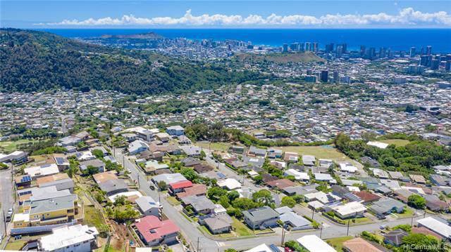 1048 Kalikimaka Street, Honolulu, HI 96817 (MLS #201923698) :: Elite Pacific Properties