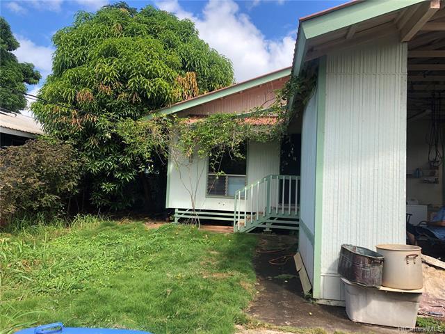 66-905 Paahihi Street, Waialua, HI 96791 (MLS #201818090) :: The Ihara Team