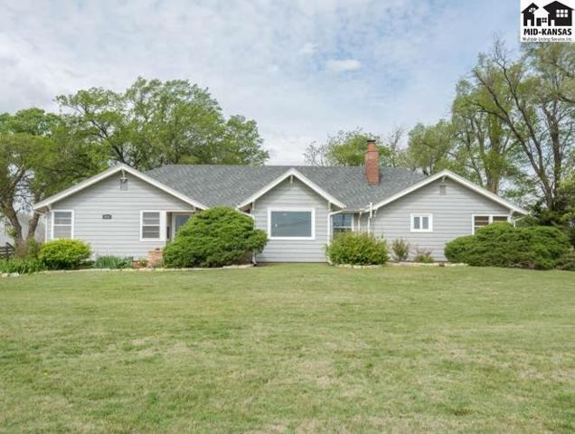 3511 N Hendricks St, Hutchinson, KS 67502 (MLS #35060) :: Select Homes - Team Real Estate