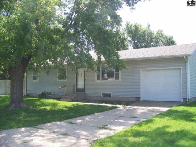 1201 E 11th Ave, Hutchinson, KS 67501 (MLS #35830) :: Select Homes - Team Real Estate