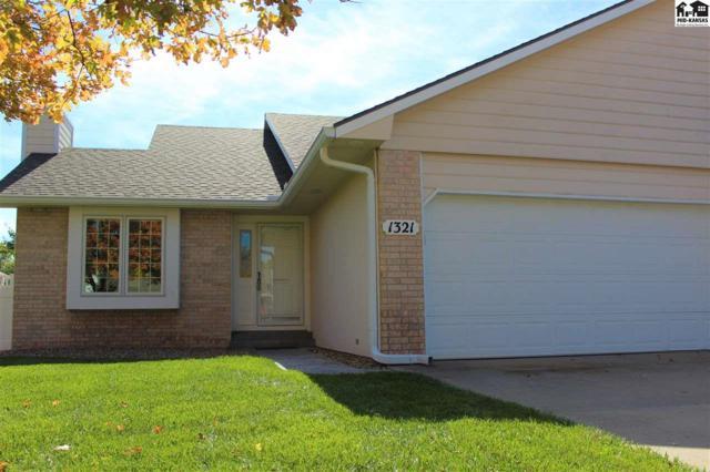 1321 Stone Bridge Dr, Hutchinson, KS 67502 (MLS #36191) :: Select Homes - Team Real Estate