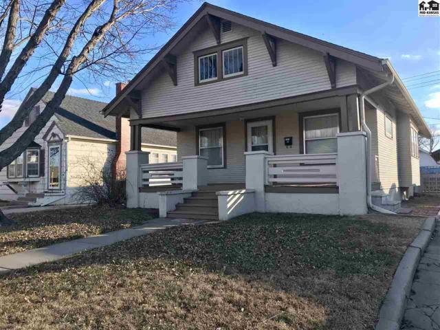 117 E 17th Ave, Hutchinson, KS 67501 (MLS #36460) :: Select Homes - Team Real Estate