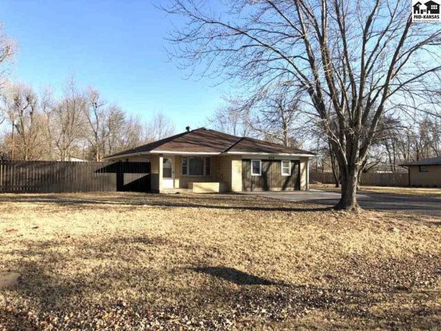 606 Augustine St, Hutchinson, KS 67501 (MLS #36481) :: Select Homes - Team Real Estate