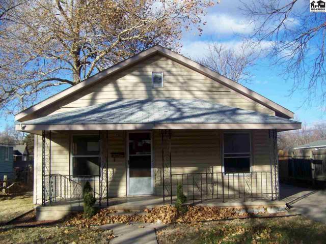 730 E 6th Ave, Hutchinson, KS 67501 (MLS #36483) :: Select Homes - Team Real Estate