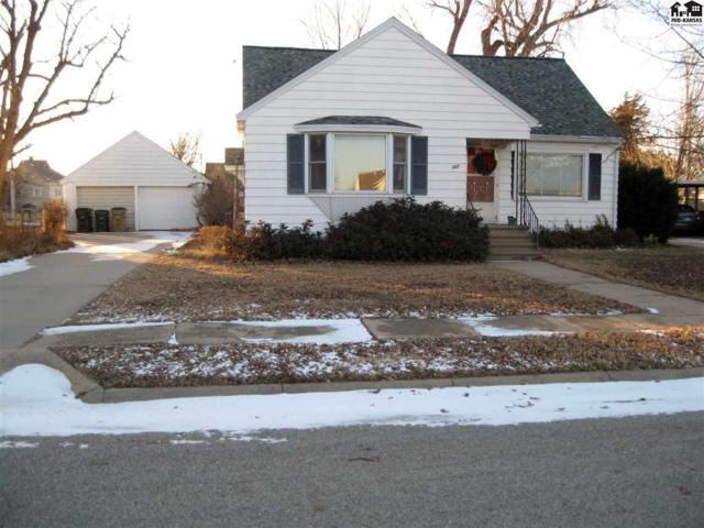 307 S Maple St, Pretty Prairie, KS 67570 (MLS #36653) :: Select Homes - Team Real Estate