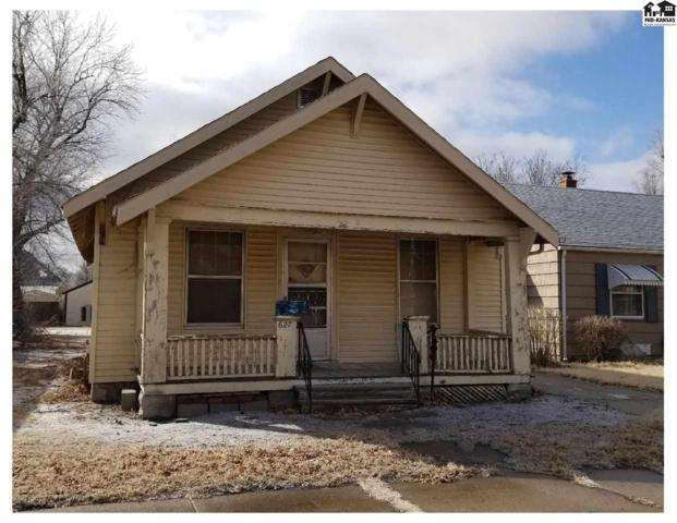 627 E 6th Ave, Hutchinson, KS 67501 (MLS #36819) :: Select Homes - Team Real Estate