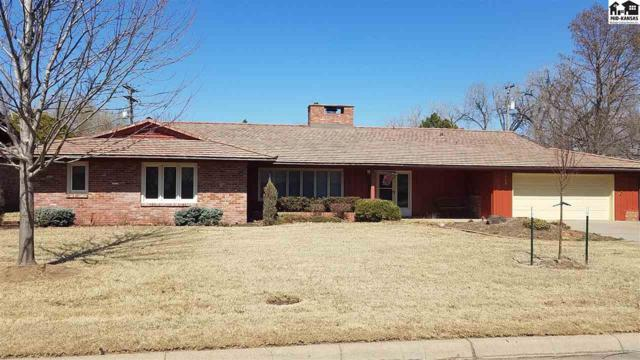 208 Countryside Dr, Hutchinson, KS 67502 (MLS #37010) :: Select Homes - Team Real Estate