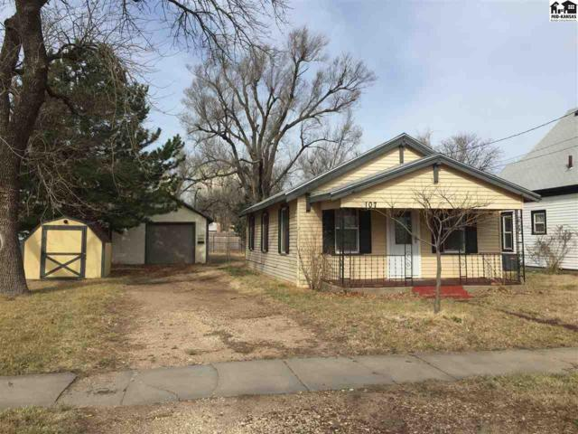 107 N Waldron St, Hutchinson, KS 67501 (MLS #37036) :: Select Homes - Team Real Estate