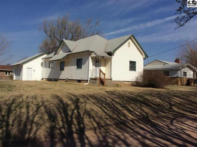 2511 N Harrison St, Hutchinson, KS 67502 (MLS #37211) :: Select Homes - Team Real Estate