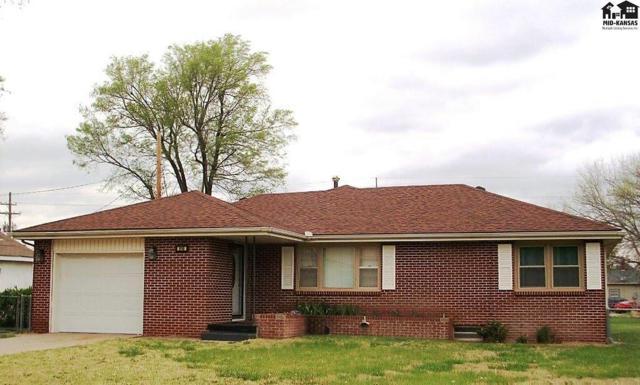 916 E 10th Ave, Hutchinson, KS 67501 (MLS #37336) :: Select Homes - Team Real Estate