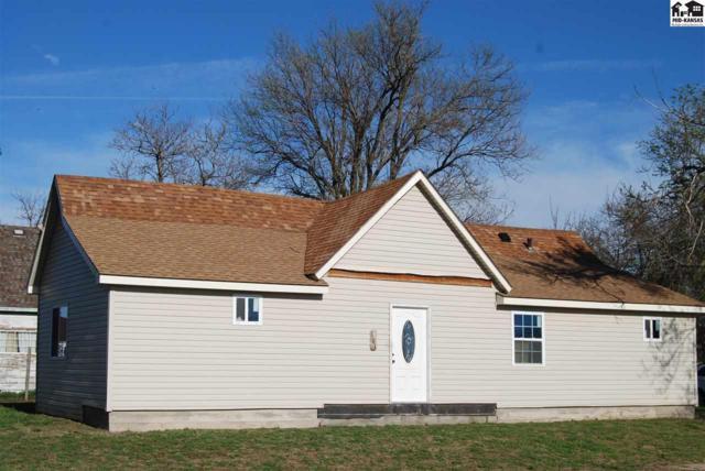 101 E Campbell St, Hutchinson, KS 67501 (MLS #37360) :: Select Homes - Team Real Estate